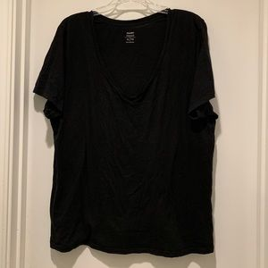 Old Navy Relaxed Fit Crew Neck Tee